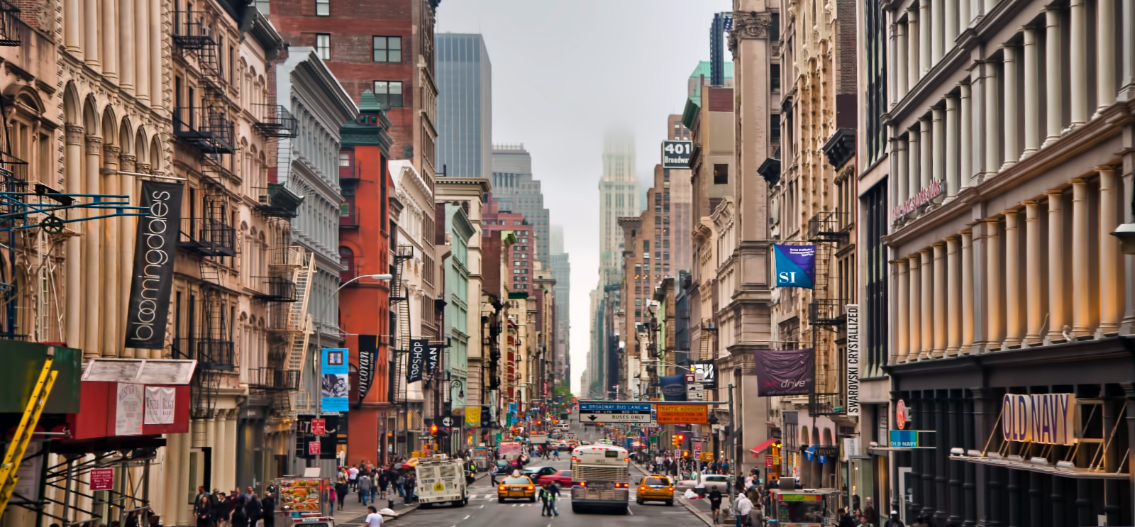 9 holiday sights to see on your trip to new york city for Online shopping sites in new york