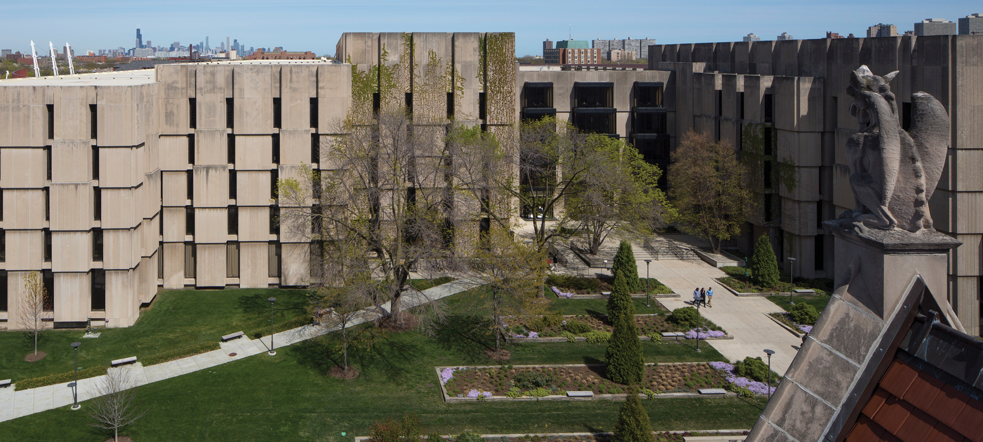 Joseph Regenstein Library at the University of Chicago