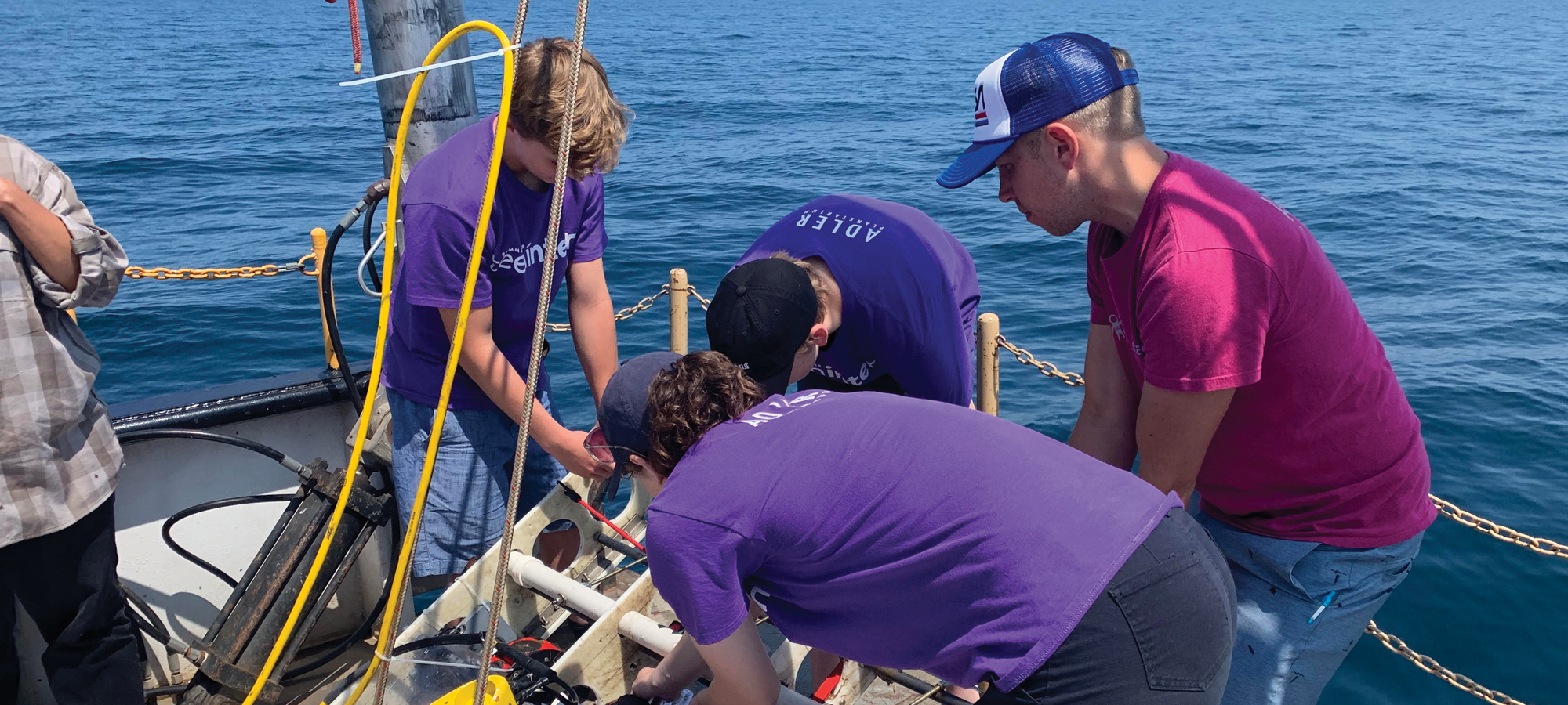 Aquarius Project students with the ROV aboard RV Neeskay