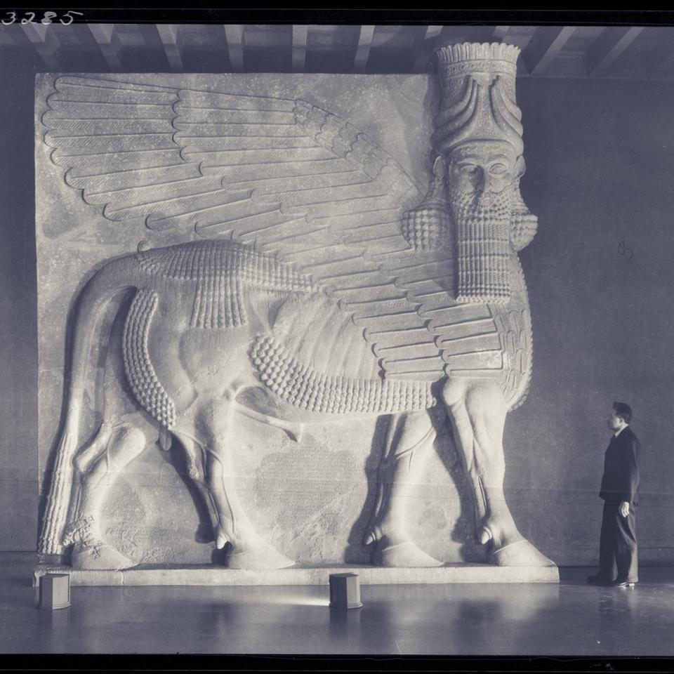 Oriental Institute lamassu